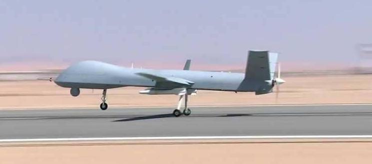 مصر: القوات المسلحة المصرية تكشف عن طائرة بدون طيار حديثة
