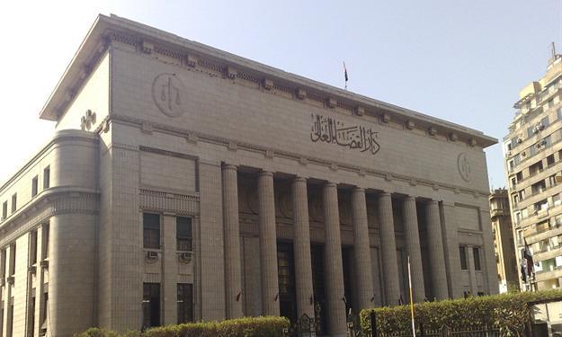 محكمة جنايات القاهرة تصنف 3 أفراد على قائمة الإرهاب هربوا الى قطر
