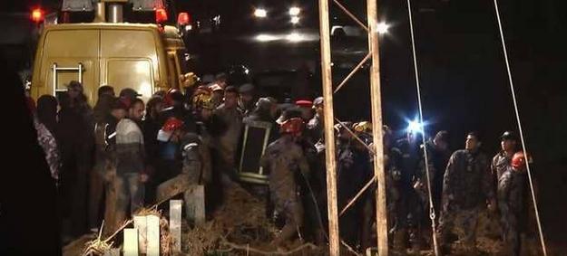 ارتفاع حصيلة ضحايا سيول الأردن والدفاع المدني يواصل البحث عن المفقودين ويعثر من جديد على 6 مفقودين
