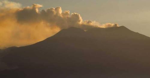 """جبل """"إنتا"""" ينزلق إتجاه البحر المتوسط.. والعلماء يحذرون"""