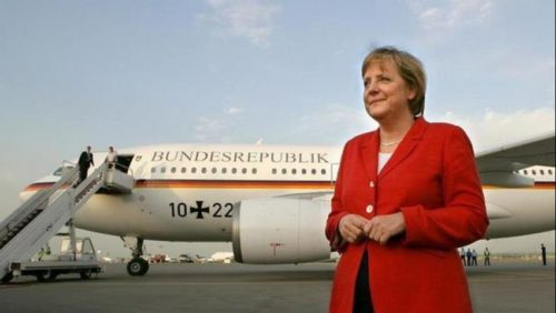 ألمانيا: طائرة ميركل المتجهة نحو قمة العشرين تهبط اضطرارياً