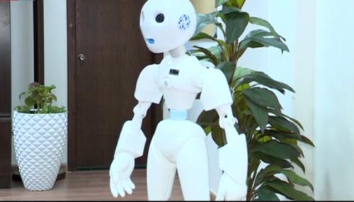 السعودية.. الروبوت تقني أول موظف آلي في وزارة التعليم