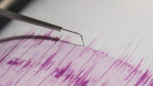 ولاية ألاسكا الأمريكية تتعرض لزلزالان شديدان.. والتخوف من تسونامي
