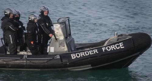 قرار جديد حول تدفق اللاجئين إلى بريطانيا