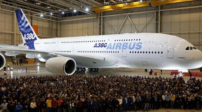 إيرباص: إيقاف تصنيع أكبر طائرة في العالم