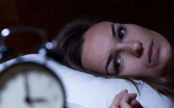 """علاج """"شلل النوم"""".. حالة يخشى منها الجميع"""