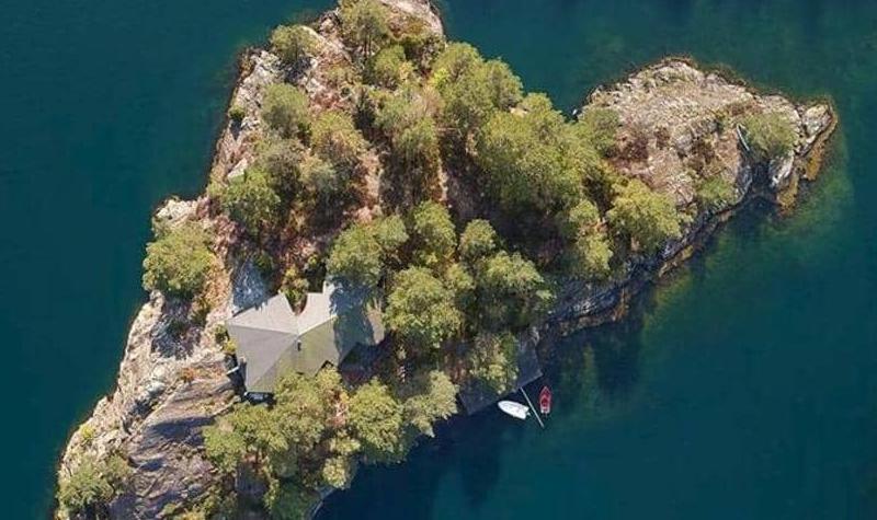 جزيرة جميلة للبيع بسعر يعادل ثمن منزل