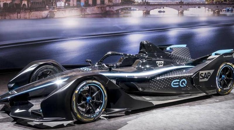 شركة مرسيدس تعلن أول سيارة سباق كهربائية