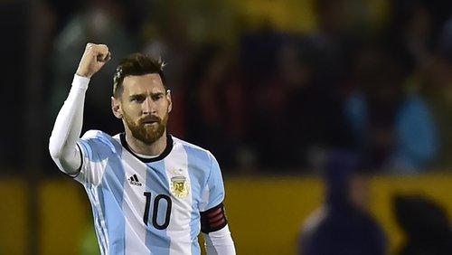 رسمياً: ميسي يعود إلى تشكيلة الأرجنتين لأول مرة منذ كأس العالم