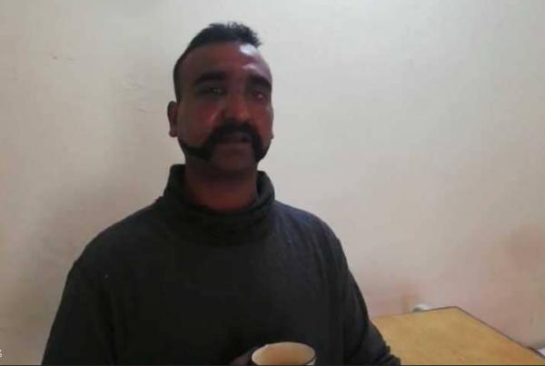 باكستان تطلق سراح الطيار الهندي المحتجز لديها
