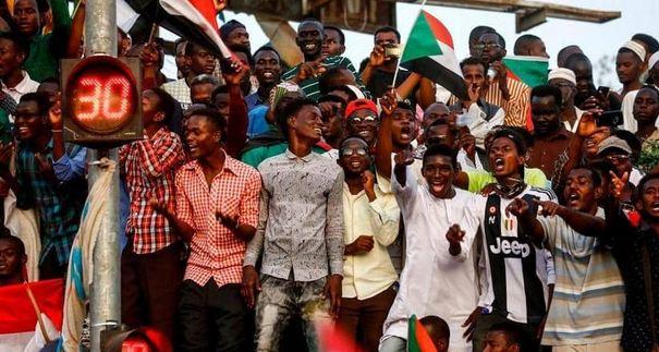 """حزب البشير يطالب إطلاق سراح قيادته """"السودان"""""""