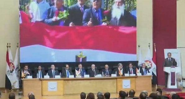 مصر توافق على التعديلات الدستورية بنسبة 88.83 بالمائة من المصوتين