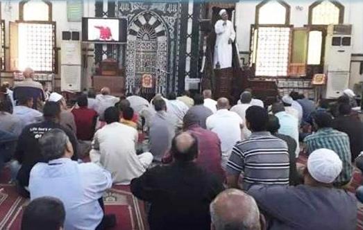 حادثة بشعة.. مقتل إمام مسجد أثناء صلاة الجمعة في مصر