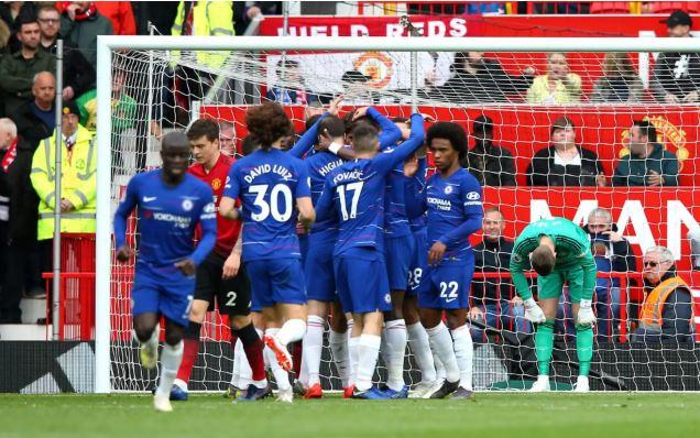 تشيلسي يتعادل أمام مانشستر يونايتد ويتصدر المركز الرابع بالدوري الإنجليزي