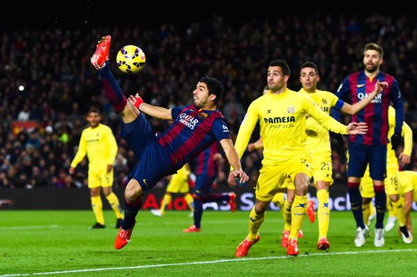 برشلونة ينجو من خسارة محققة أمام فياريال في الدوري الإسباني