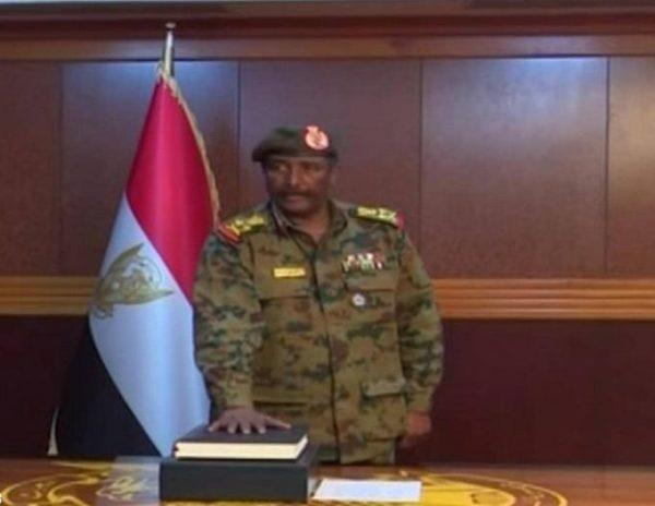 السودان.. إقالة وكيل وزارة الإعلام