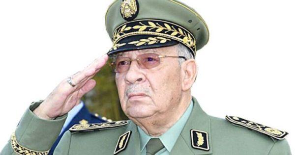 قائد أركان الجيش الجزائري يطلق إنذار أخير لجنرال سابق