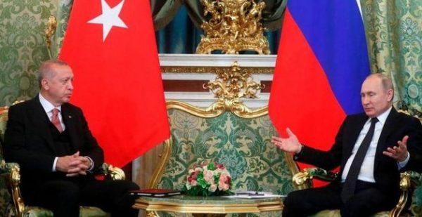 "أردوغان وبوتن يدرسان صفقة ""إس 400"""
