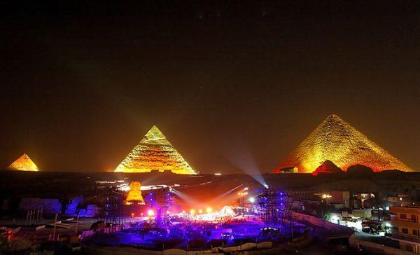 """مصر: الحكومة تتدخل في حل أزمة """"أسعار"""" تذاكر كأس أفريقيا"""