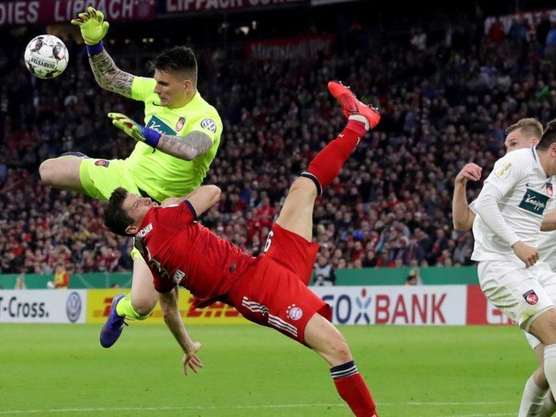 بايرن ميونخ يتأهل بصعوبة إلى نصف نهائي كأس ألمانيا