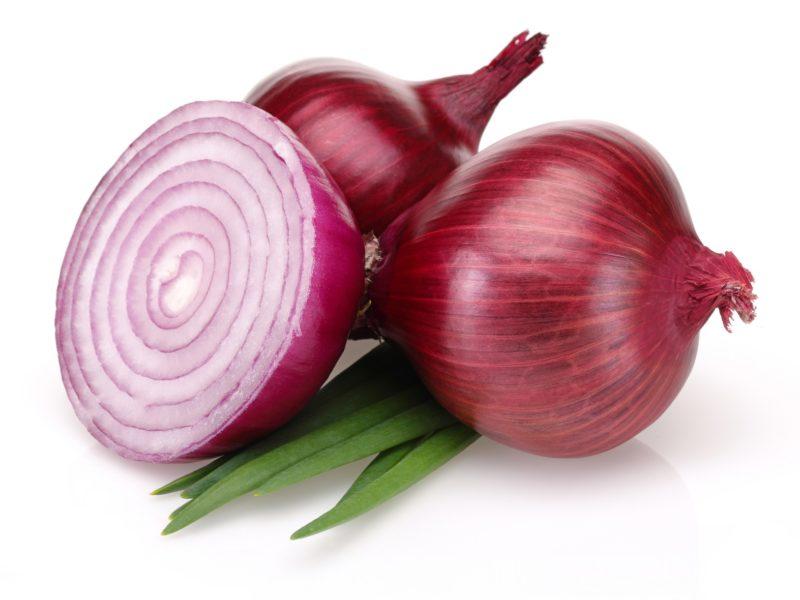 """فوائد """"البصل"""" الصحية والغذائية للجسم"""