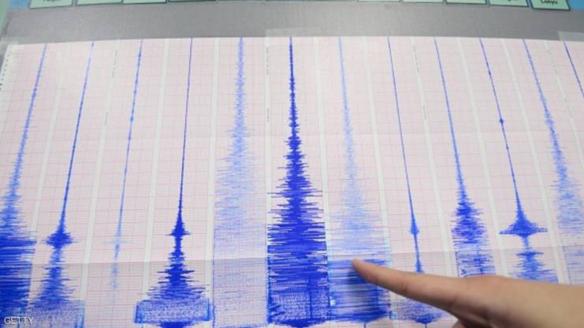 زلزال يضرب حدود إيران مع العراق