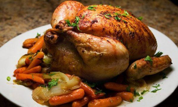 أعوام وطريقة تحضير الدجاج غير صحيحة.. نصيحة طبية غريبة