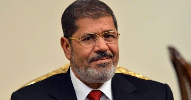 الكشف عن تفاصيل دفن الرئيس المصري الأسبق مرسي